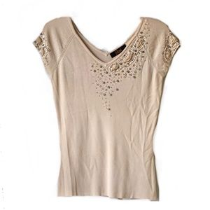 Short Sleeves Beaded Stretchy V-Neck Detailed top